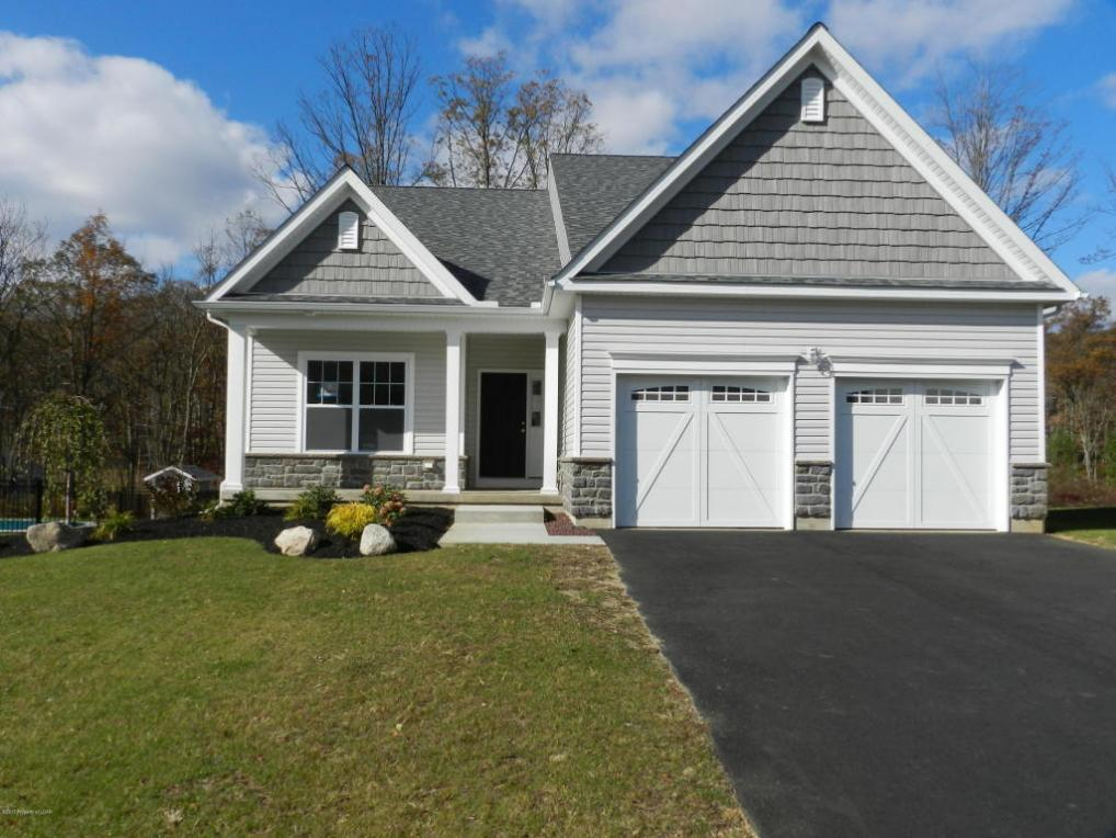 131 Fairway Drive, Drums, PA 18222