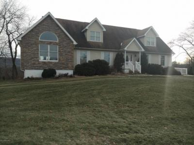 Photo of 95 Gross Rd, Sugarloaf, PA 18249