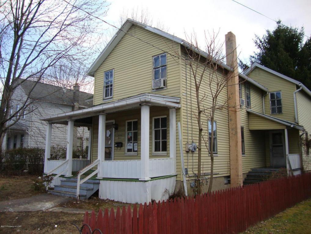 1323 Main St, Jenkins Township, PA 18640