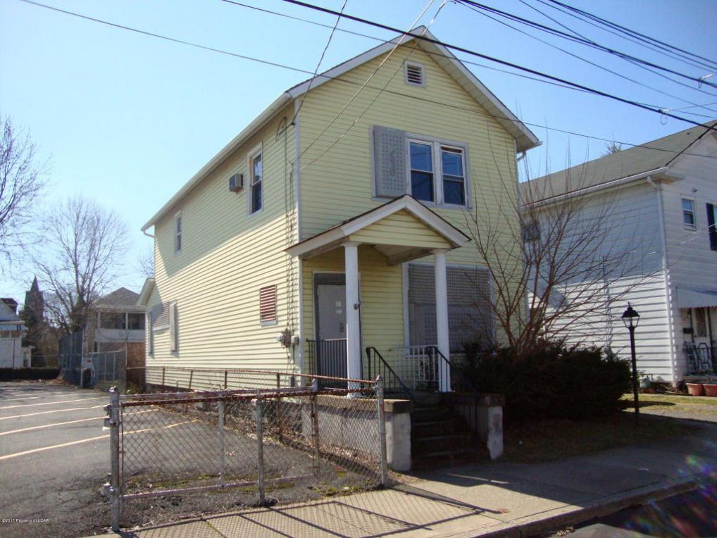 24 Willow St, Plymouth, PA 18651