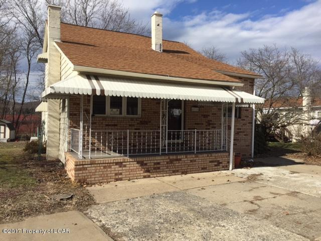 91 Breese St, Wyoming, PA 18644