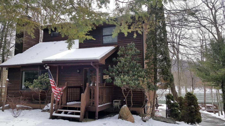 420 W Lake Valley Drive, Hazle Twp, PA 18202
