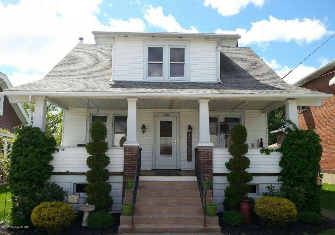 120 Washington St, Freeland, PA 18224