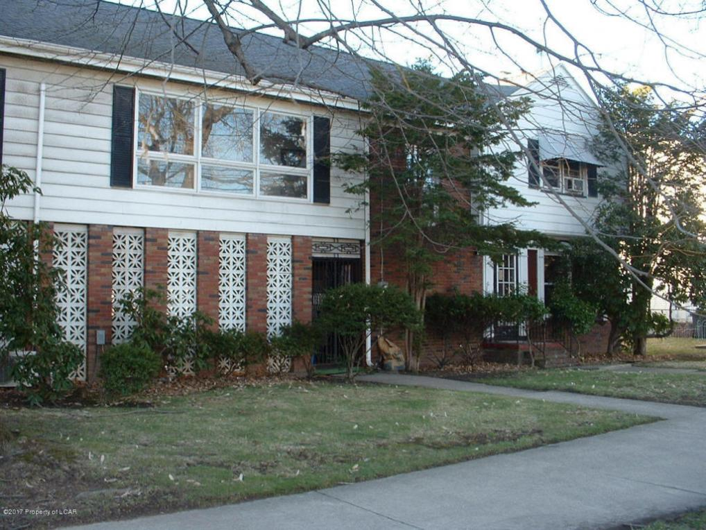 1472 Wyoming Ave, Forty Fort, PA 18704
