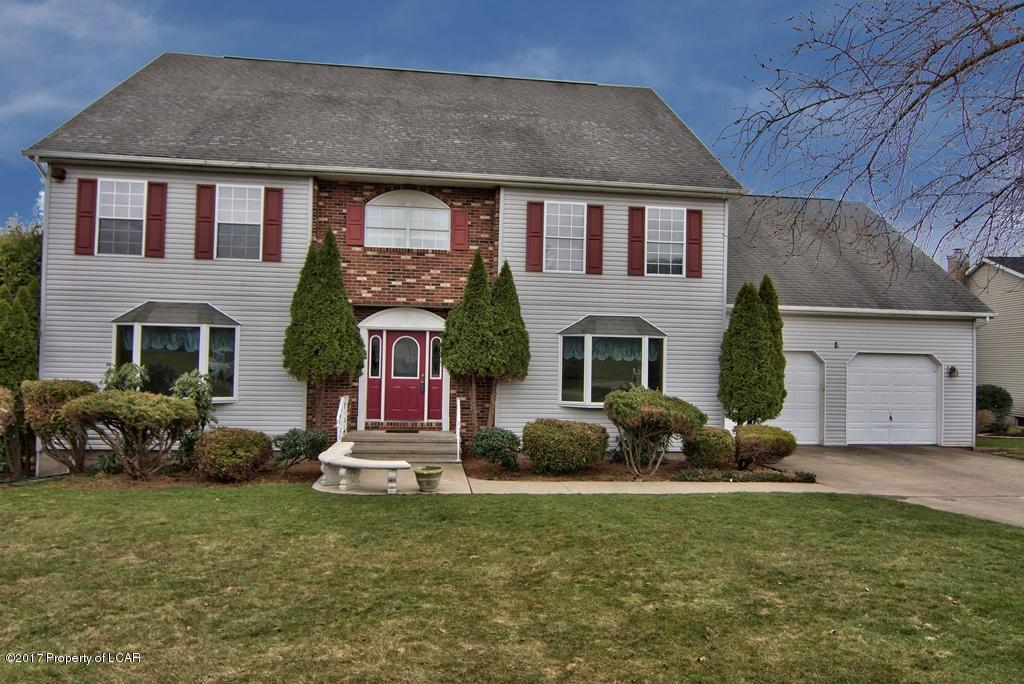 136 Lakeview Trl, Sugarloaf, PA 18249