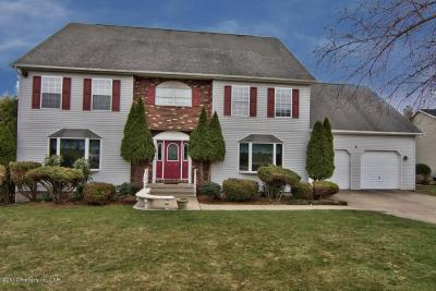 Photo of 136 Lakeview Trl, Sugarloaf, PA 18249