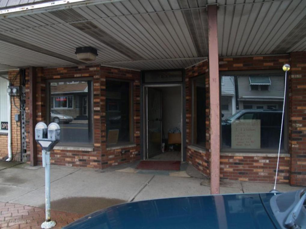427-431 Centre St, Freeland, PA 18224