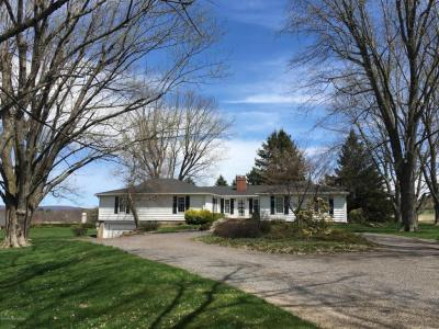 Photo of 37 Center Hill Rd, Sugarloaf, PA 18249
