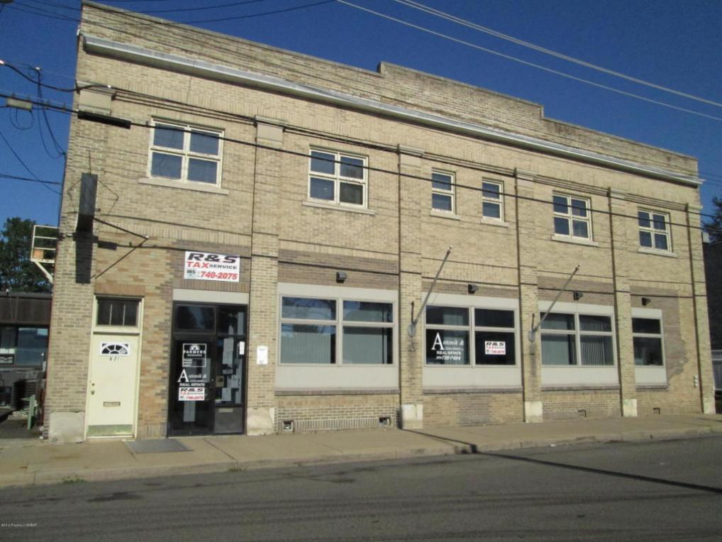 601 S Market St, Nanticoke, PA 18634