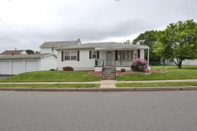1035 Charles St, Wilkes Barre, PA 18702