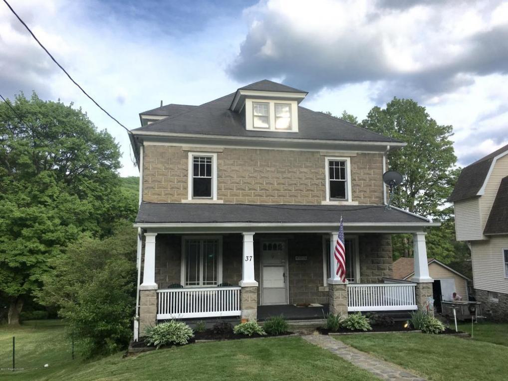 37 Harris Hill Road, Trucksville, PA 18708