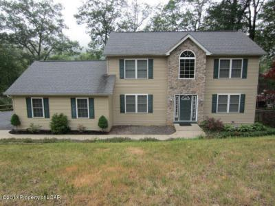 Photo of 11 Colonels Ridge Road, Mountain Top, PA 18707