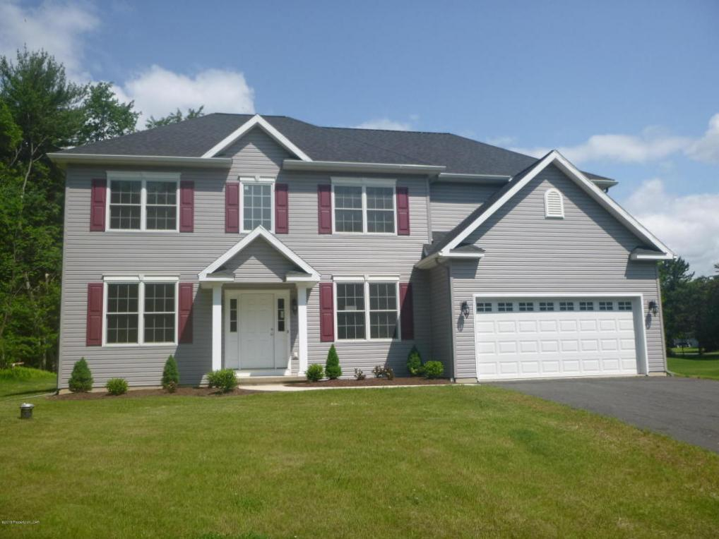 345 Overbrook Road, Dallas, PA 18612