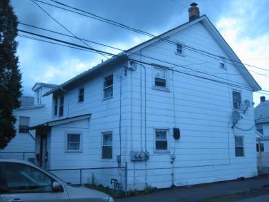 96 S Woodward Ct, Hazleton, PA 18201