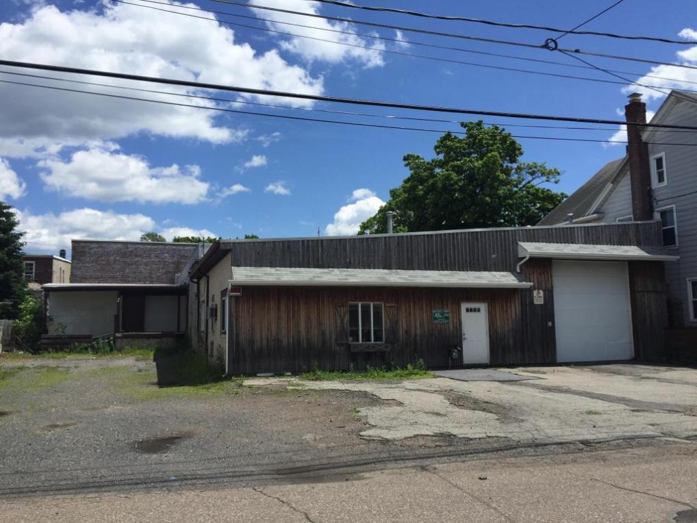 225 S Cedar St, Hazleton, PA 18201