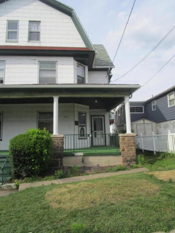 72 Market St, Pittston, PA 18640