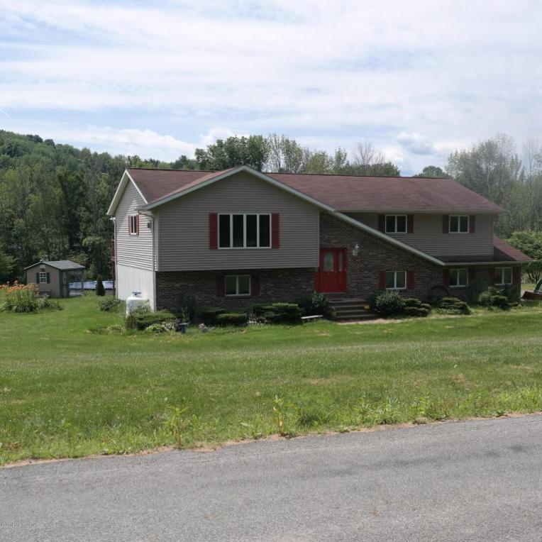 147 Lakewood Rd, Tunkhannock, PA 18657