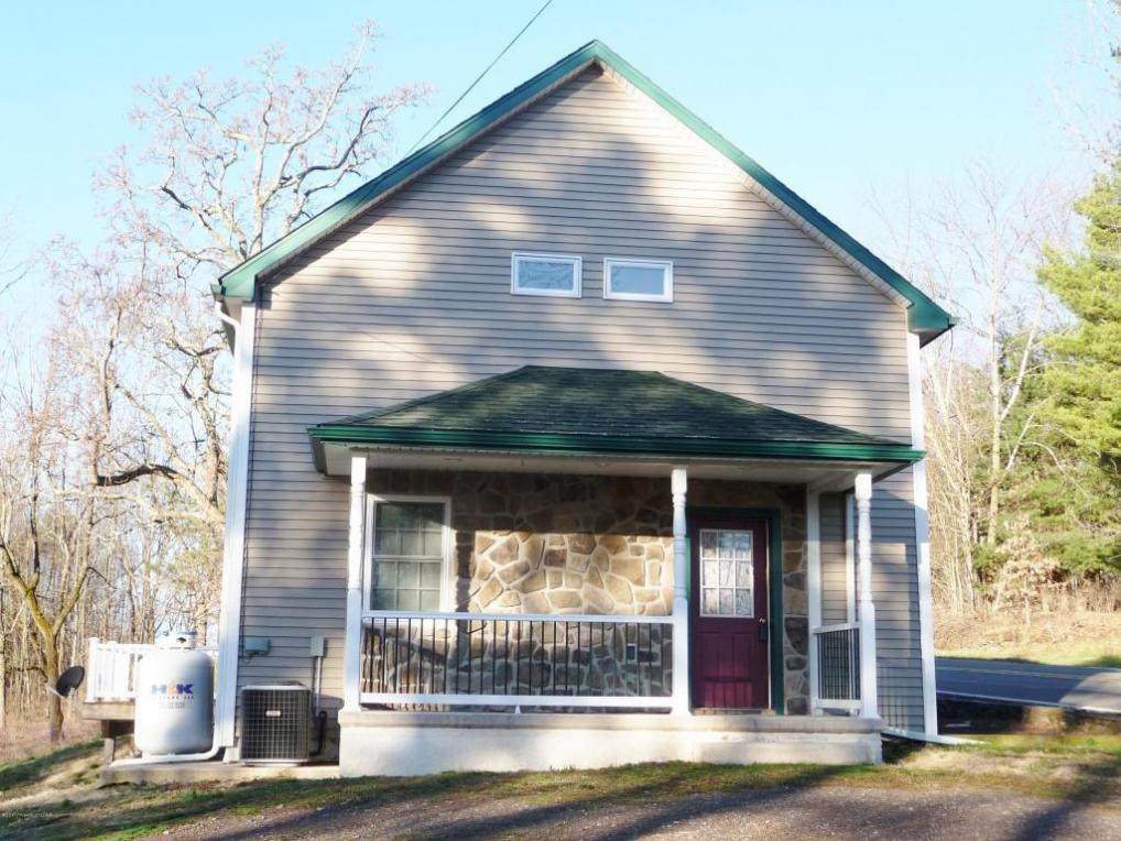 286 Bloomingdale Rd, Shickshinny, PA 18655