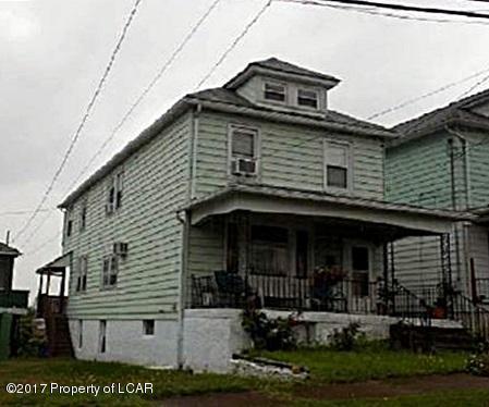 87 Charles St, Hanover Township, PA 18706