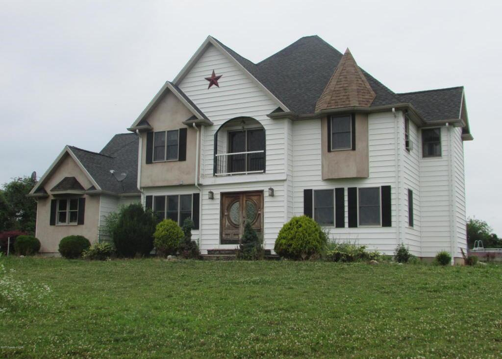 86 E Maple Rd, Nescopeck, PA 18635