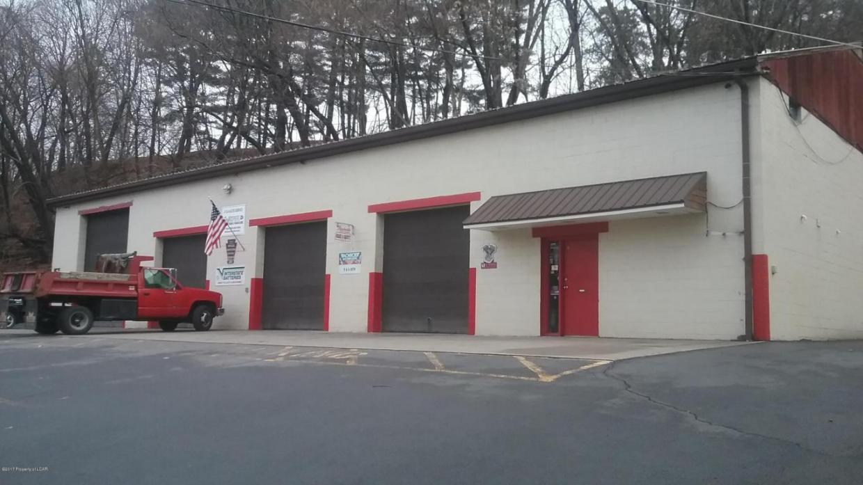 25 Lambert St, Pittston, PA 18640