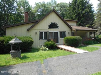 Photo of 1247 Foster Ave, White Haven, PA 18661