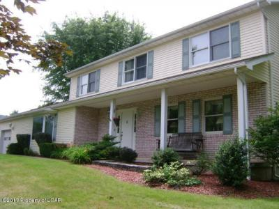 Photo of 101 Lakeview Trl, Sugarloaf, PA 18249