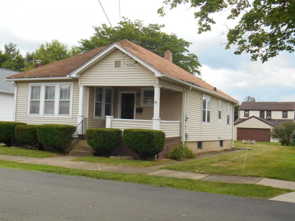 714 E 3rd St, Berwick, PA 18603