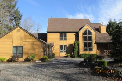 Photo of 184 W Woodhaven Dr, White Haven, PA 18661