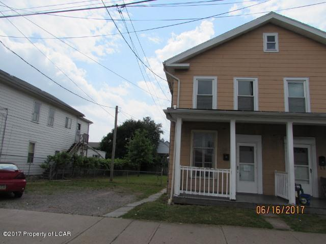 59 Center Ave, Plymouth, PA 18651