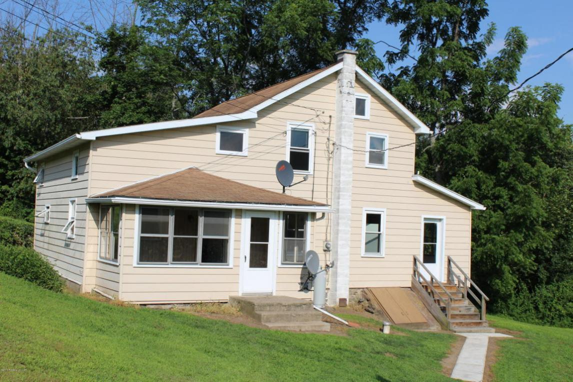 1067 Slocum Road, Wapwallopen, PA 18660