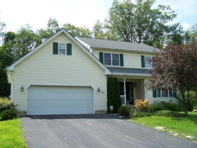Photo of 36 Sycamore Dr, Drums, PA 18222