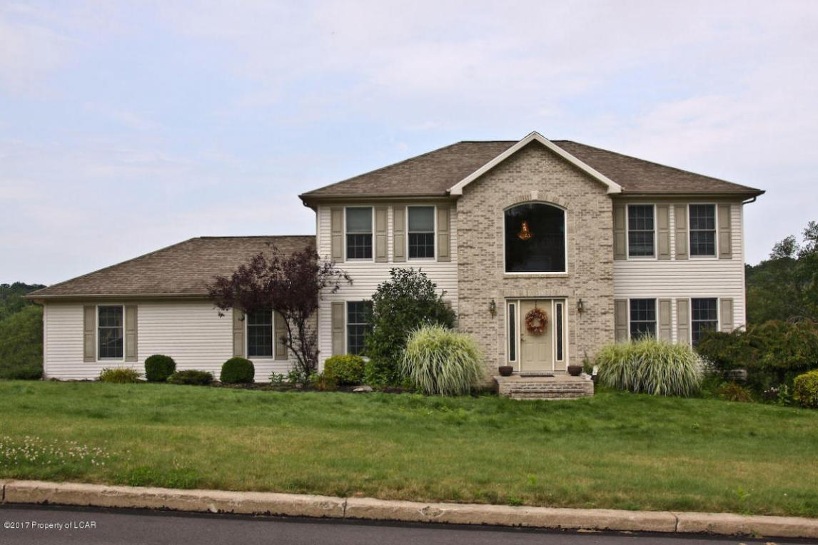 8 N Legend Road, Shavertown, PA 18708