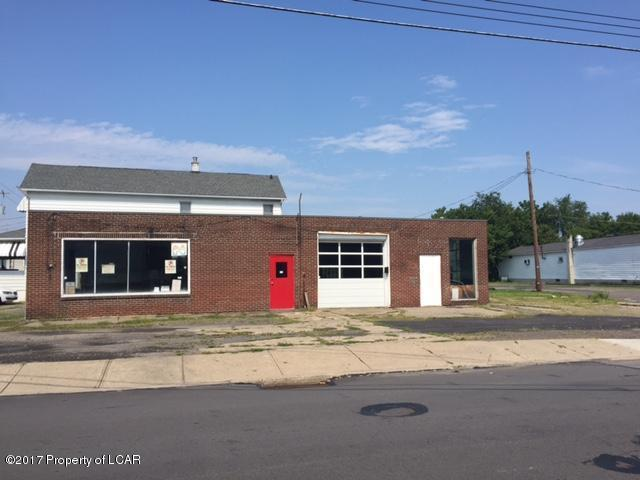 372 Lyndwood Ave, Hanover Township, PA 18706