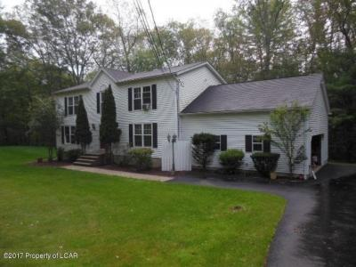 Photo of 51 Henry Drive, Mountain Top, PA 18707
