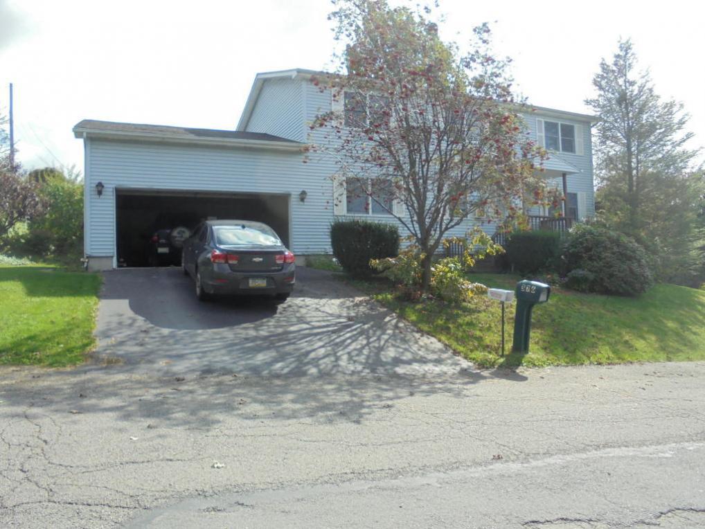 376 E 13th St, Hazle Twp, PA 18201