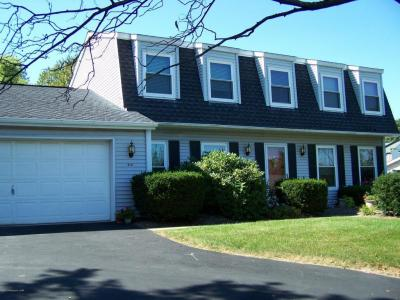 Photo of 113 Lakeview Trl, Sugarloaf, PA 18249