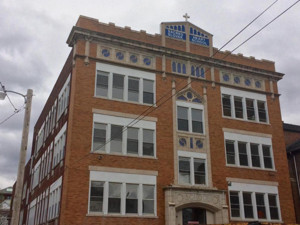 607 N Main St, Wilkes Barre, PA 18705