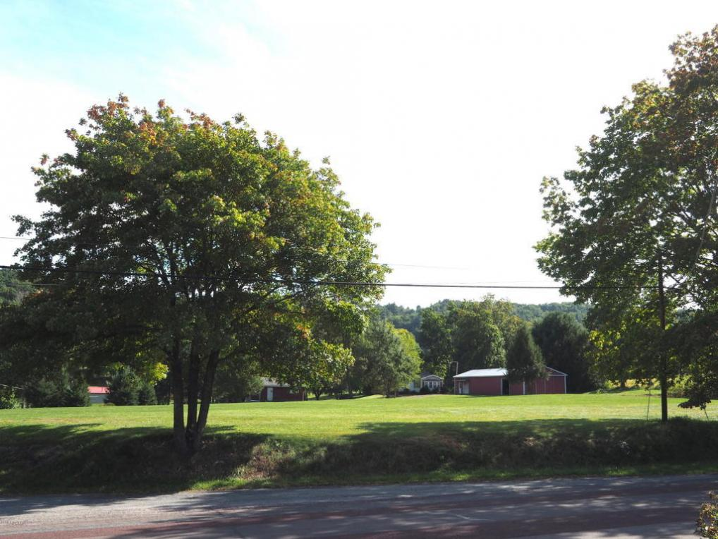 1375 Oak Grove Drive, Lehighton, PA 18235