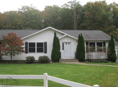 1540 Westminster Rd, Plains, PA 18702