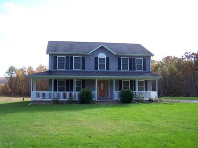 Photo of 439 Mountain Side Dr, Sugarloaf, PA 18249