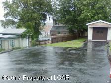 910 N Rear Vine St, Hazleton, PA 18201