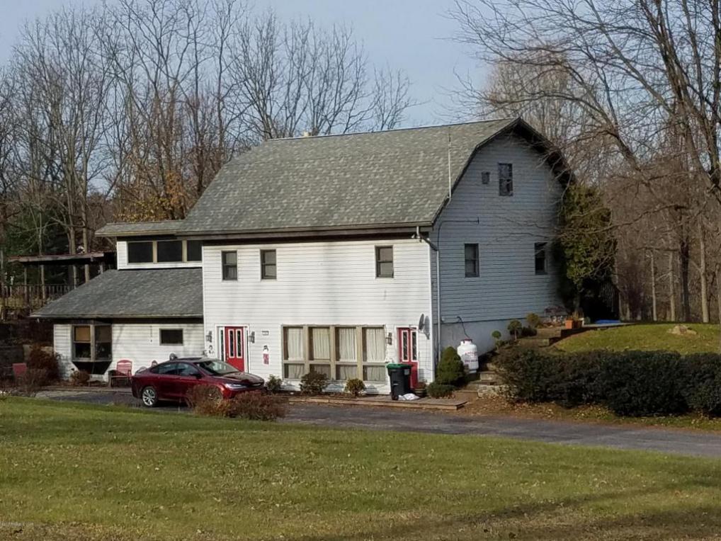 24 Walnut Ave, Conyngham, PA 18219