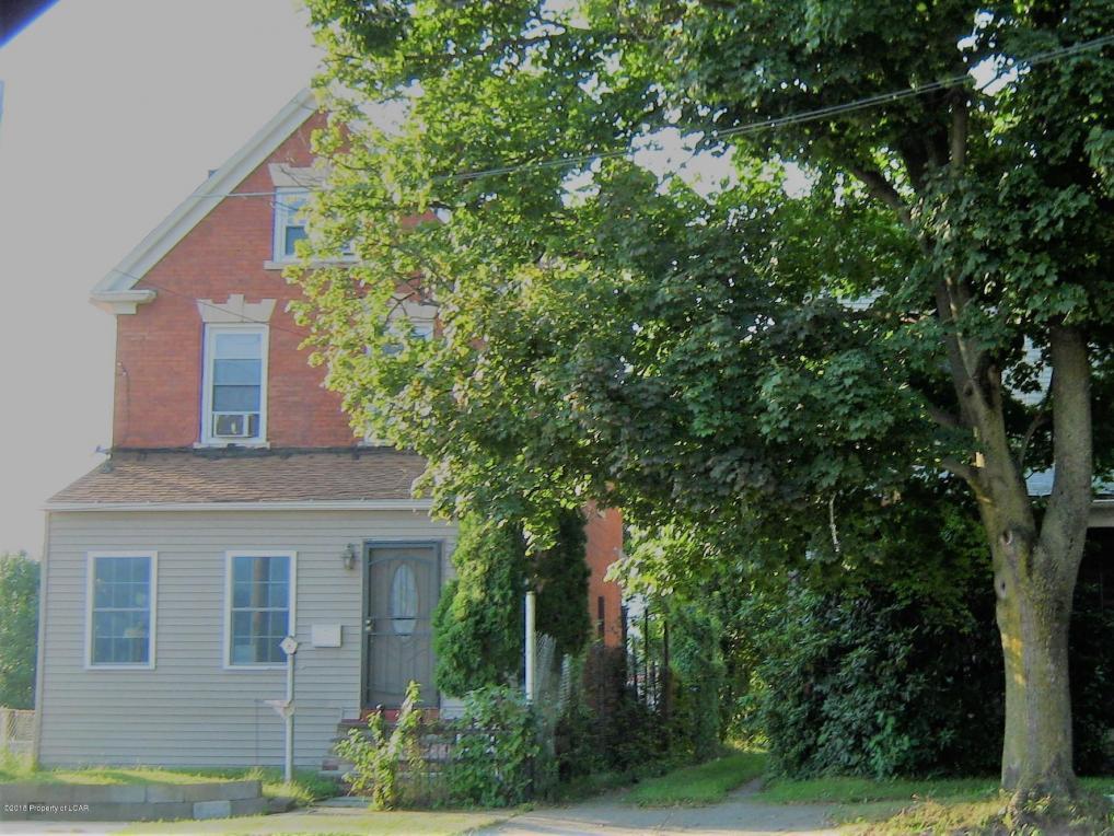 92 S Maple Ave, Kingston, PA 18704