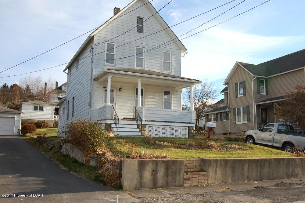 101 Cliff St, Pittston, PA 18640