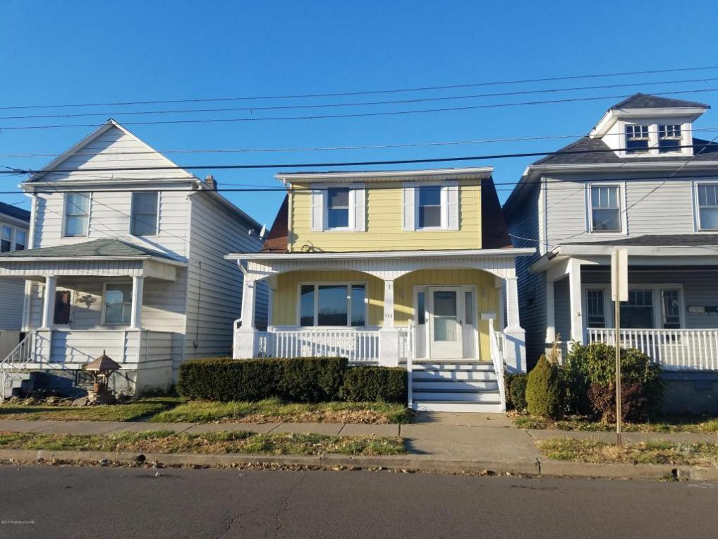 125 Lyndwood Ave, Hanover Township, PA 18706