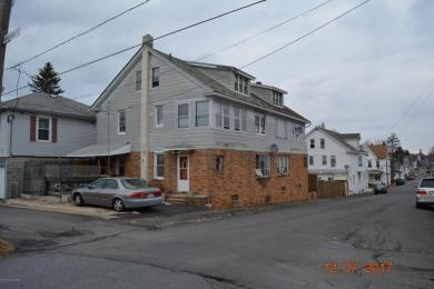 617 W 4th St, Hazleton, PA 18201