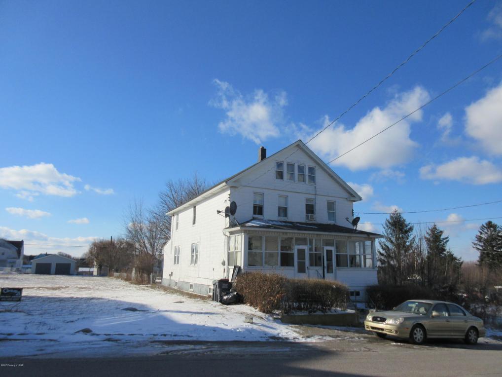 758 Roosevelt St, Hazleton, PA 18201