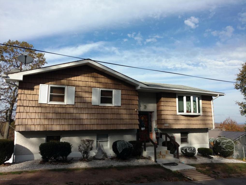 889 North St, Freeland, PA 18224