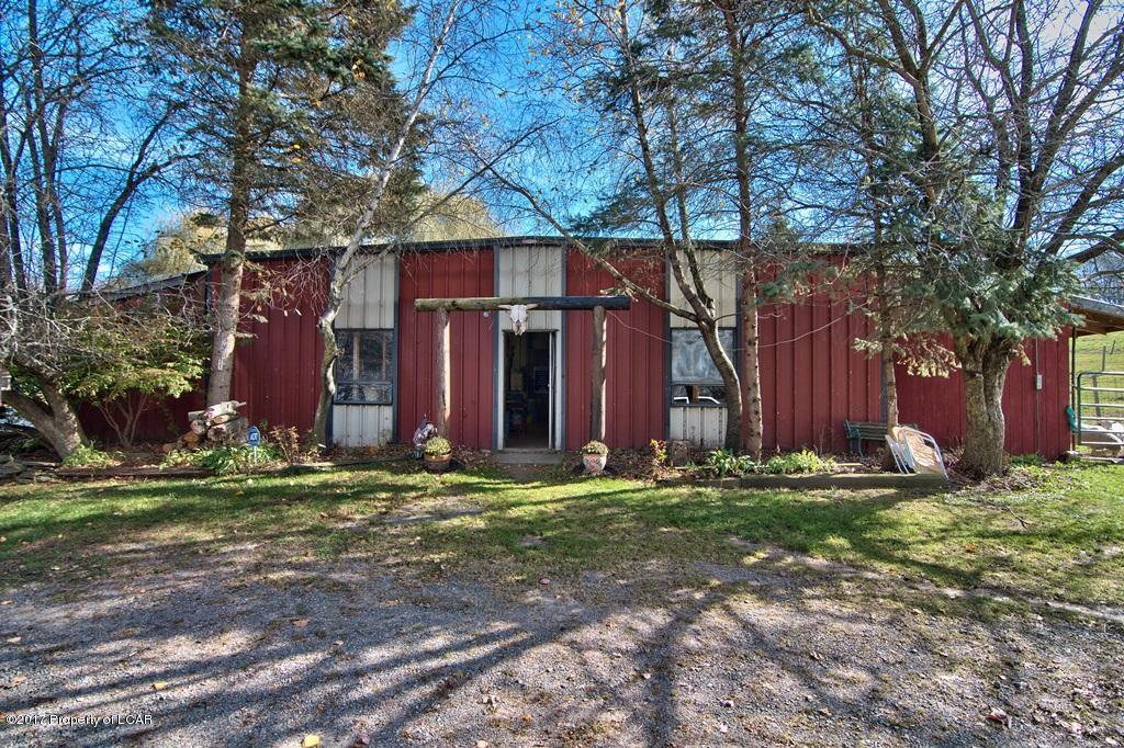 1610 State Route 507, Greentown, PA 18426